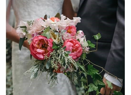 preserve your wedding bouquet how to preserve your wedding bouquet defining style 6760